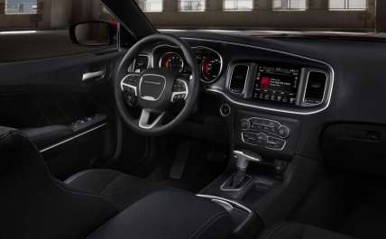 2015-dodge-charger-rt (2)