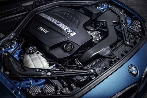 2016-bmw-m2-coupe-101415 (7)