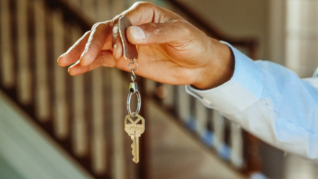 keys to rental home for renting before buying
