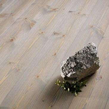 massivt-tragolv-dalafloda-hardpine-granite (1)