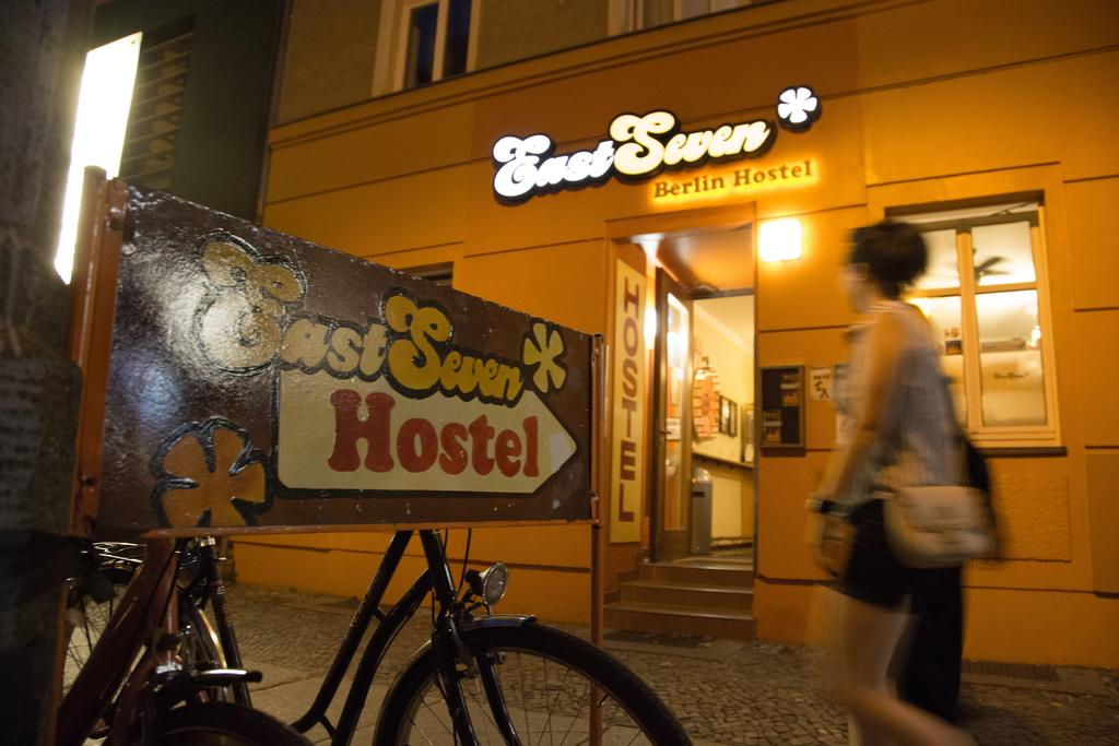 5 Reasons Hostels are Better than Hotels