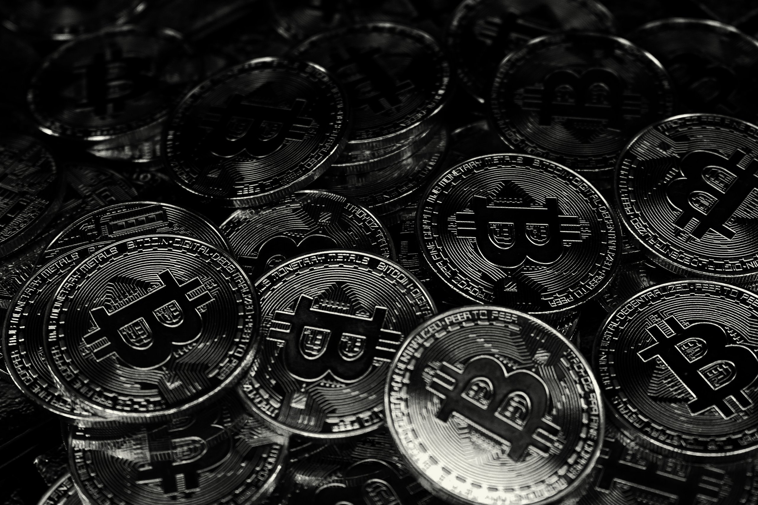 bitcoin și nasdaq)