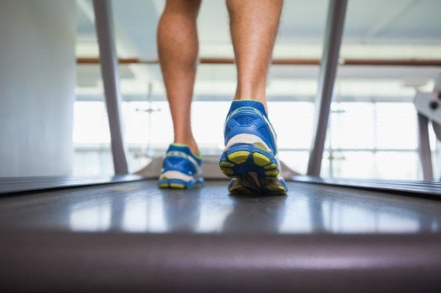 Man running on treadmill and stuck in a training rut