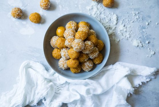 mango POWer energy balls
