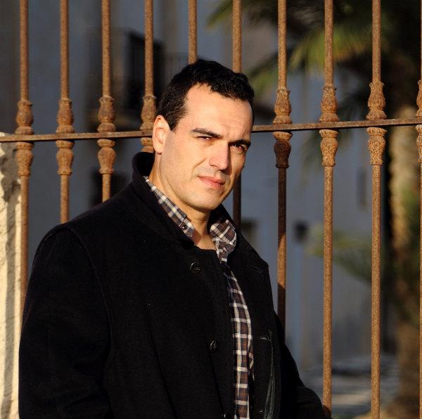 Entrevista al autor Alfredo de Braganza
