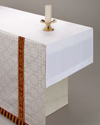 Frontal with Fairlinen