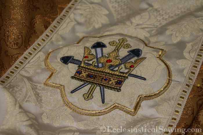 King of King Crown of Glory Embroidery Design