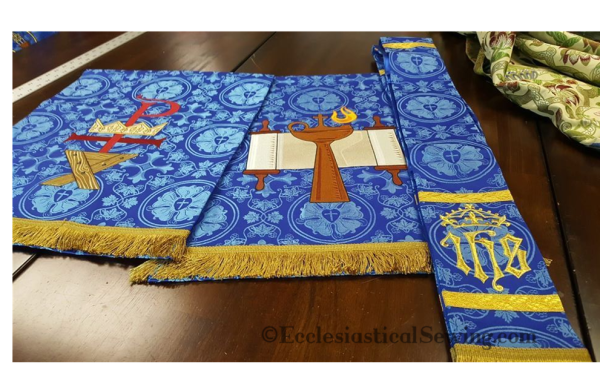 Advent Stole and Altar hangings