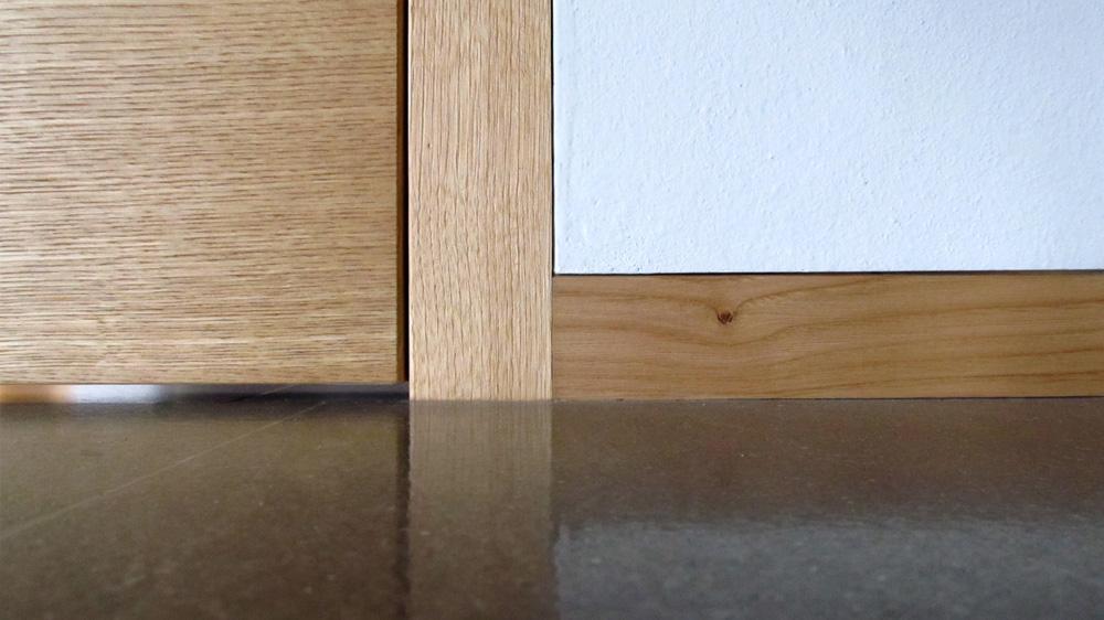 Battiscopa filo muro cos 39 e come installarlo eclisse blog for Battiscopa filo muro