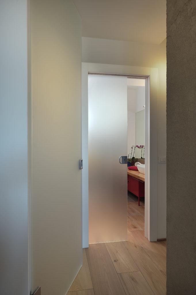 Bagno come scegliere la porta giusta eclisse blog - Porte scorrevoli bagno ...