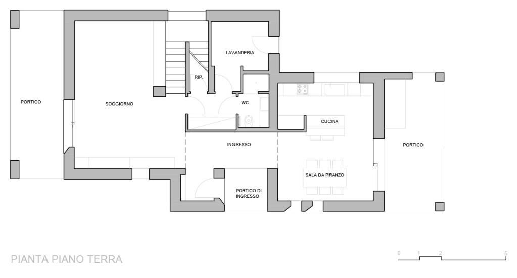 165 mq una casa unifamiliare con spazi luminosi e funzionali for Casa su due piani progetto