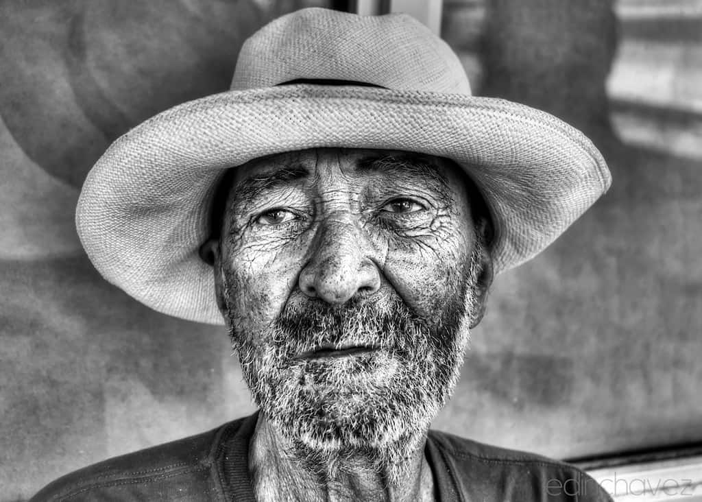 Homeless Portraits - image  on https://blog.edinchavez.com