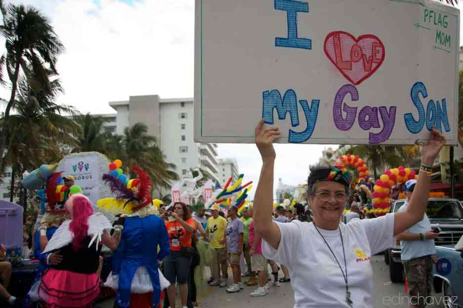 Shot of the Day-Pflag Mom - image  on http://blog.edinchavez.com