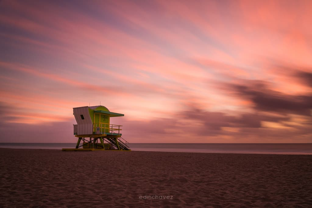 4th St Lifeguard Tower Miami Beach - image  on https://blog.edinchavez.com