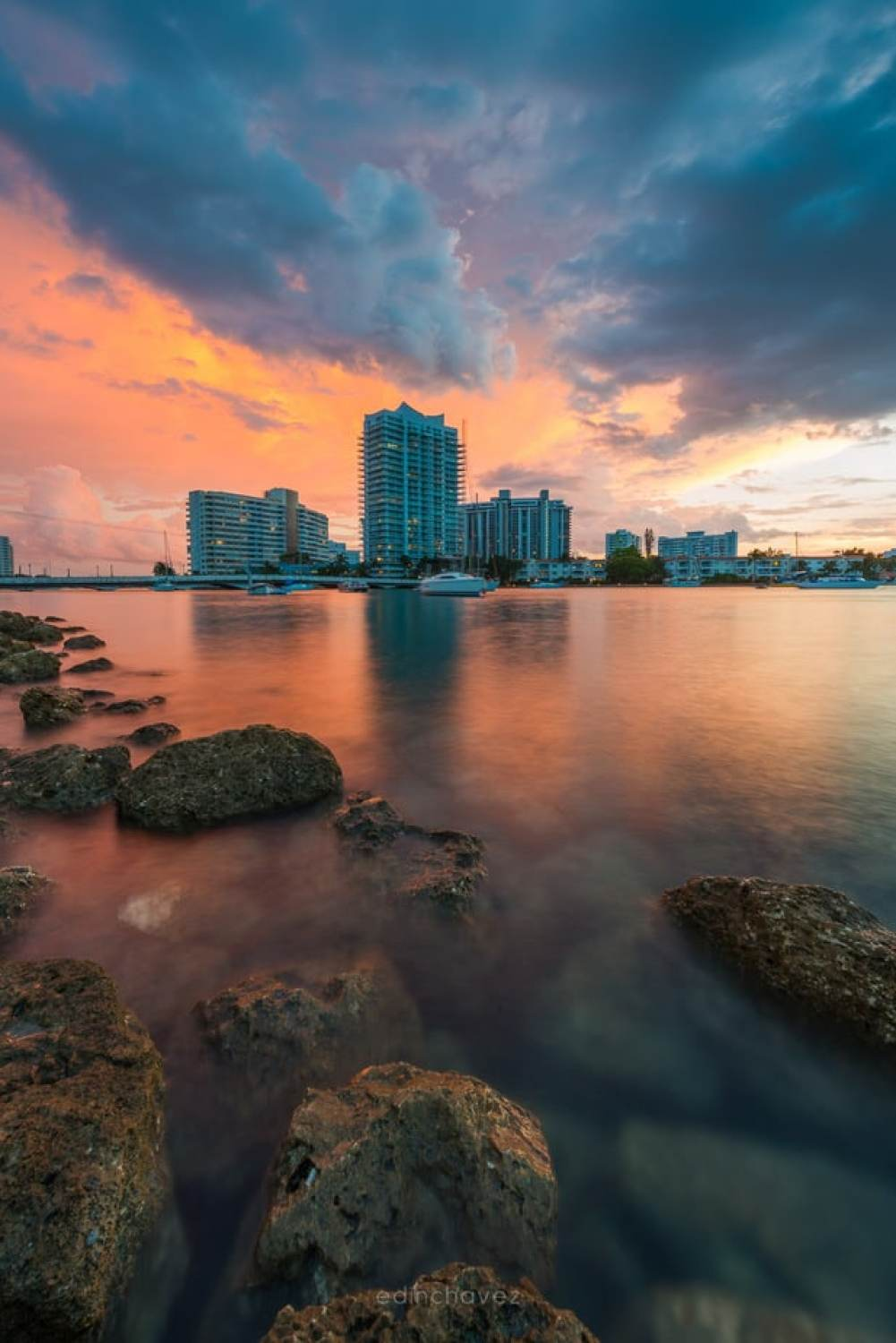 sunset at maurcie gibbs park Best Miami Beach Photography Spots