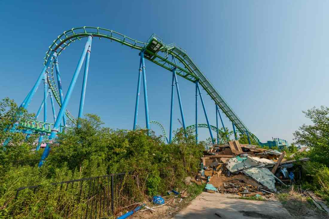 Abandoned Six Flags New Orleans-109