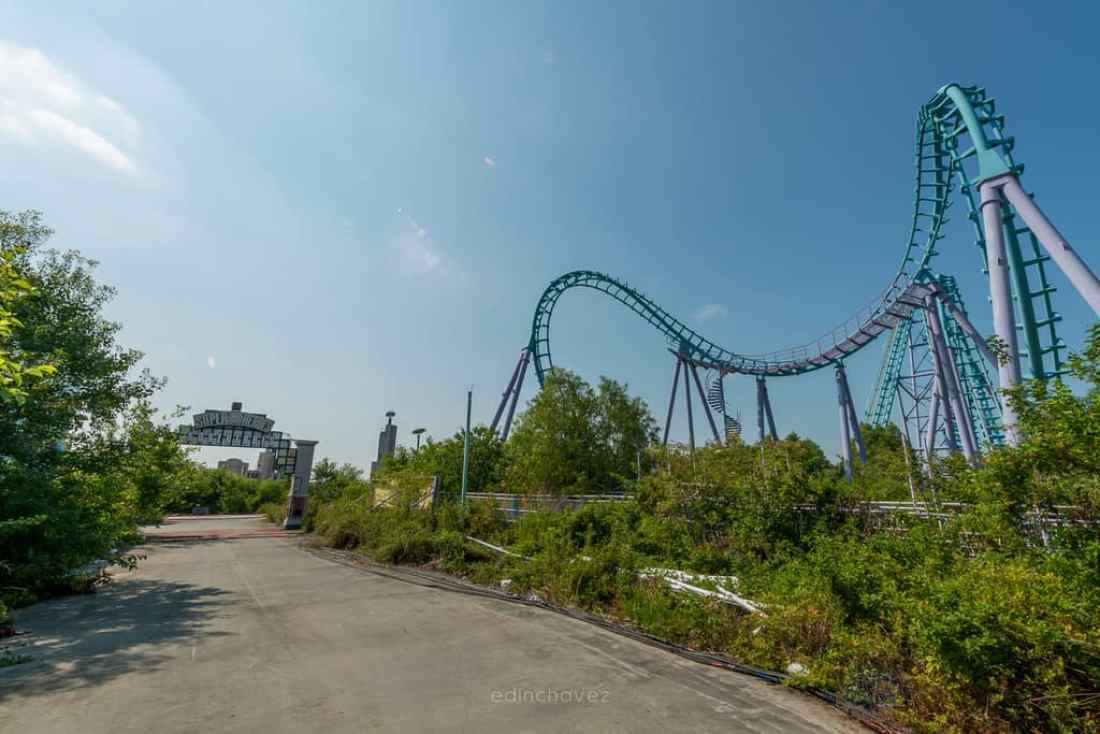 Abandoned Six Flags New Orleans-36