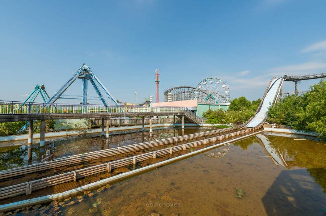 Abandoned Six Flags New Orleans-69