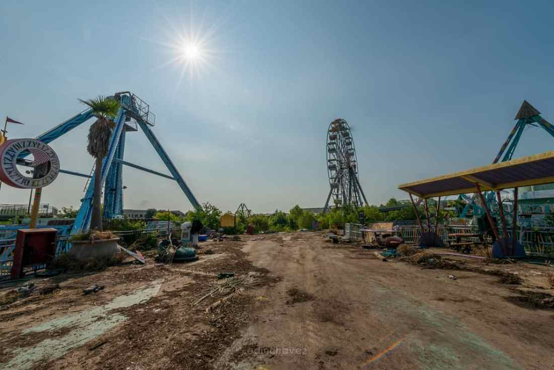 Abandoned Six Flags New Orleans-88