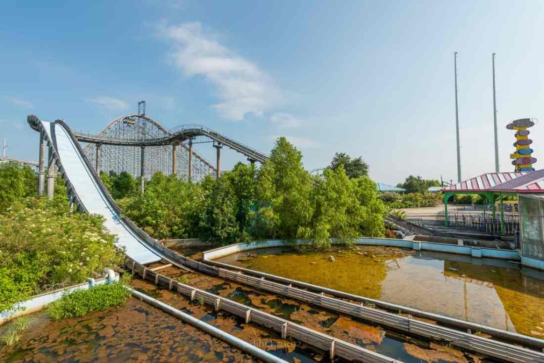 Abandoned Six Flags New Orleans-90