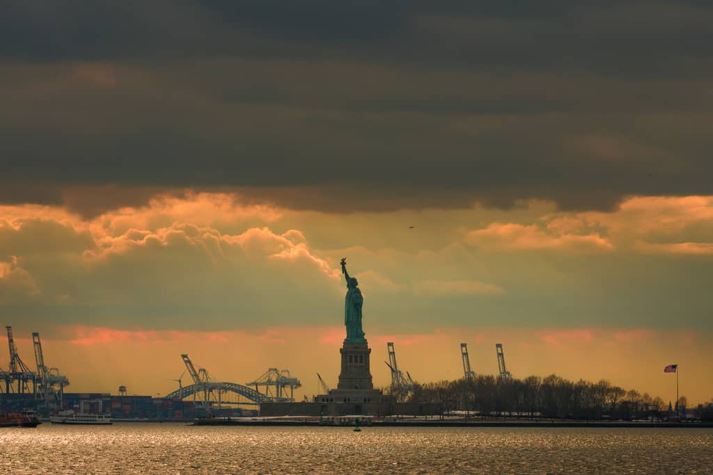 Lady Liberty - image  on https://blog.edinchavez.com