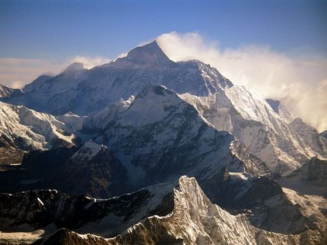 Image (1) everest-snow-sweep_10463_600x450-thumb-475x356-5133.jpg for post 9649