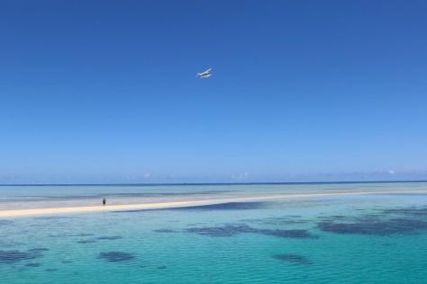 Pacific_Island_Air_DQ-GWW_over_Ro_Ro_Reef,_Mamanuca_Islands,_Fiji wikimedia ccommons