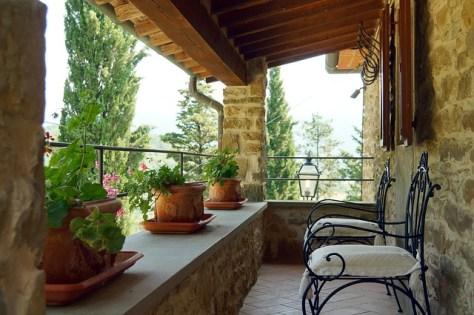terrace-1456109_640