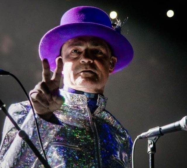 We lost a Canadian musical icon RIPGord