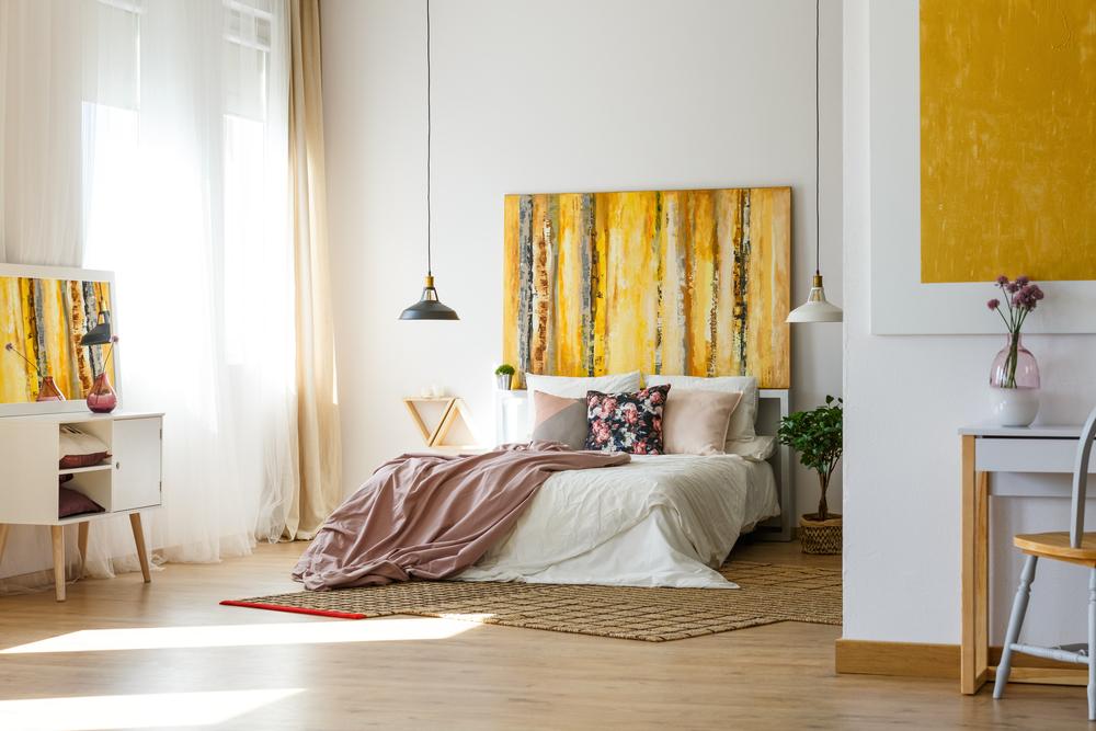 dormitor in nuante de galben