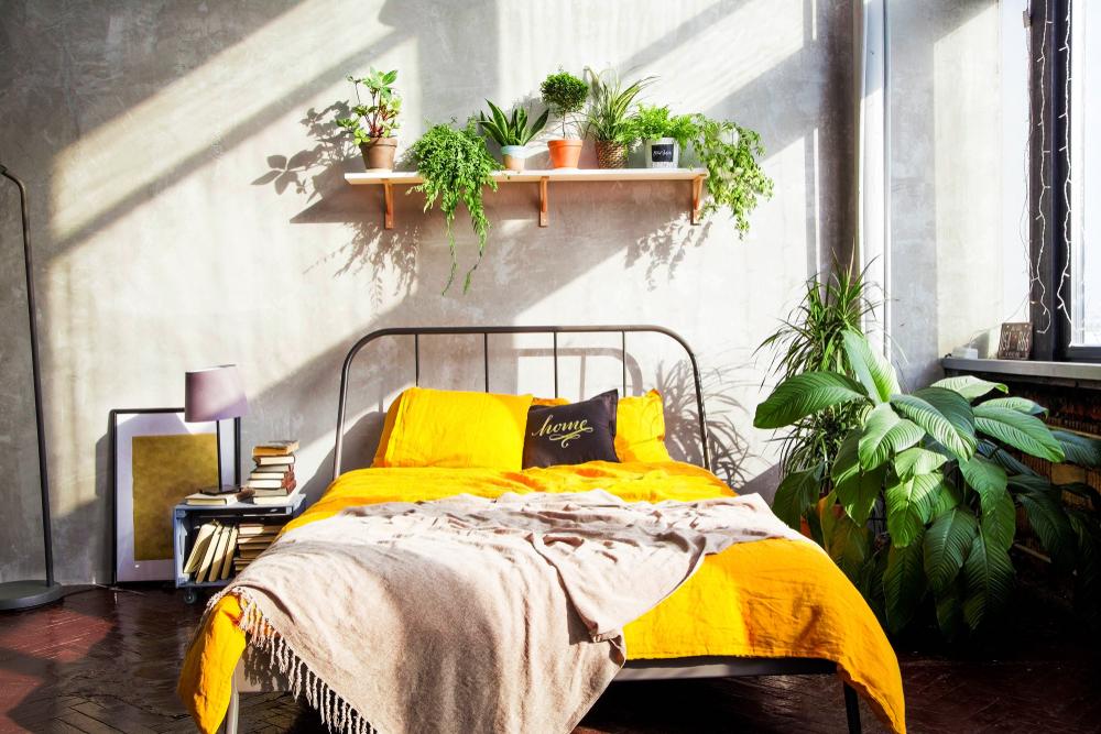 dormitor galben
