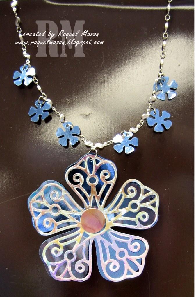 Cyrstal Flower necklace