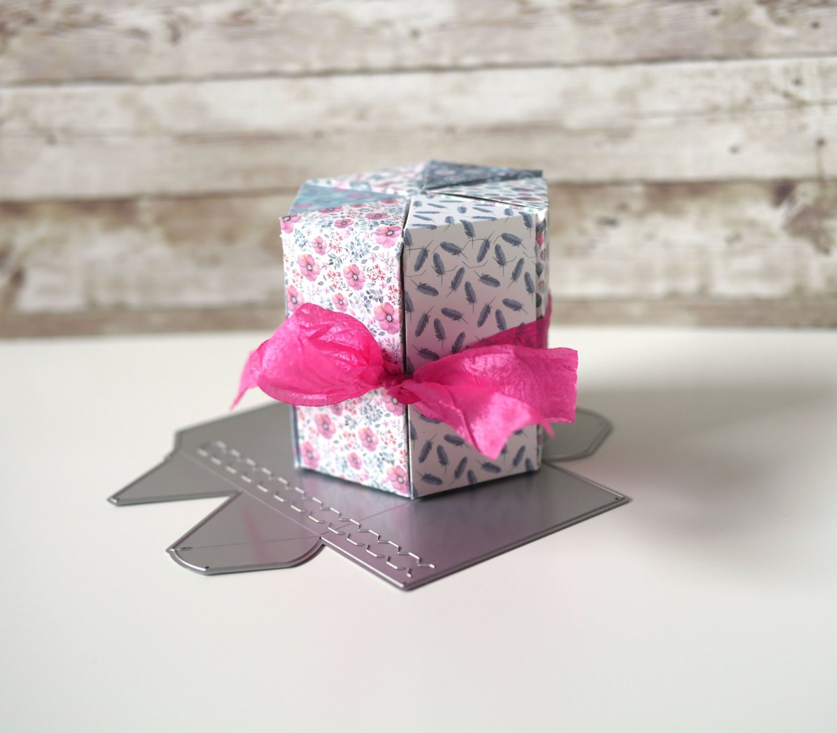 Technique Friday –– Mother's Day Triangle Treat Box