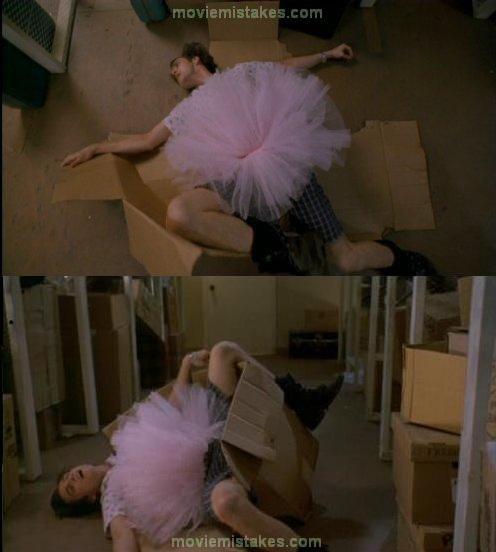 8. Ace Ventura, la caja se rearma sola