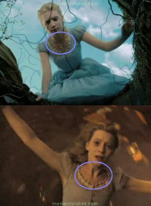 20. Alicia en el país de las maravillas, el collar de Alicia aparece y desaparece