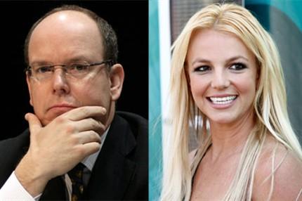 17. Alberto de Mónaco y Britney Spears son parientes aunque de una rama muy lejana.
