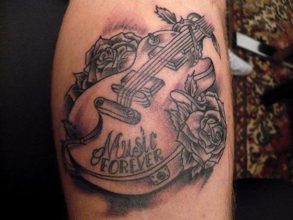 1. Guitarras y rosas
