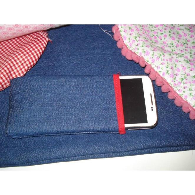 6. Funda para el celular