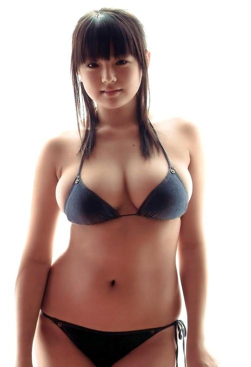 7. Los hombres asiáticos no existirían.