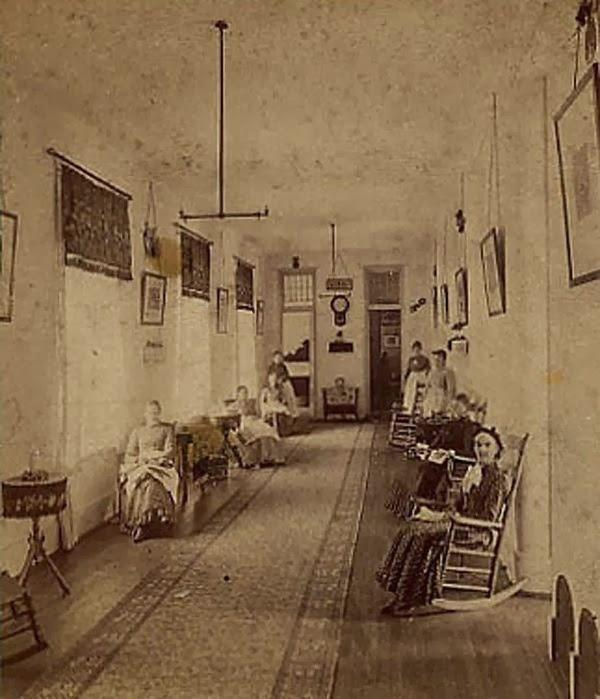 6. Manicomio en Kalamazoo, Michigan, EE.UU. 1870
