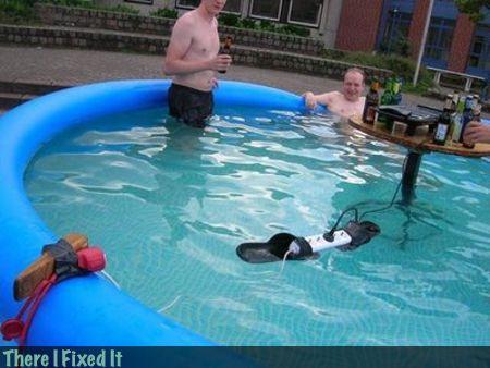 13. ¡Pool party, vengan todos!