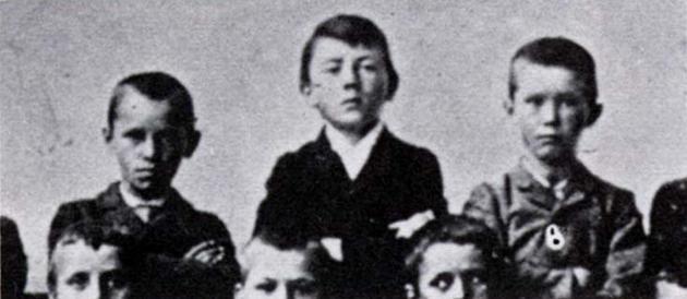 ¿Sabían quién es el nene del medio?