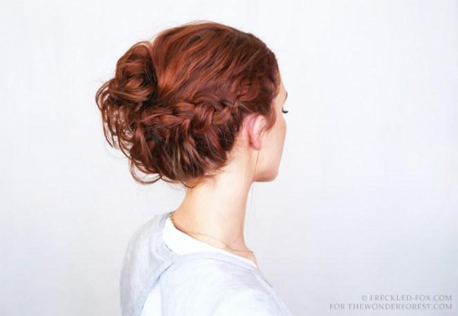 11. Un peinado complicado, para un vestido liso.