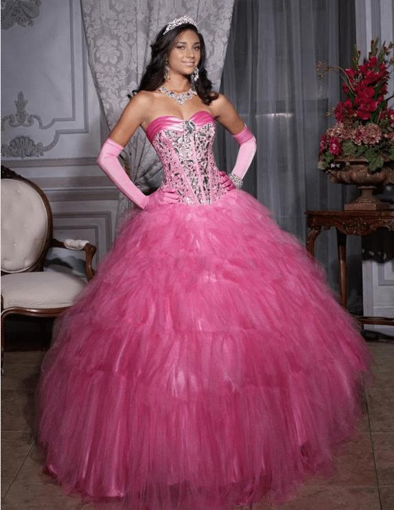 1. El vestido de la cumplañera