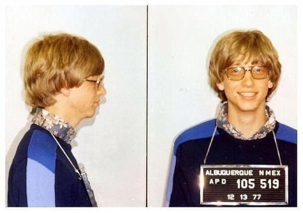 2. Bill Gates en su foto policial por manejar sin registro en 1977