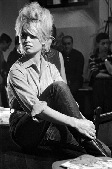 Lo que dura años, Brigitte Bardot con jeans.