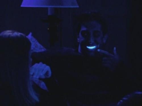 5. Los dientes postizos poseen un nivel bajo de radiactividad.