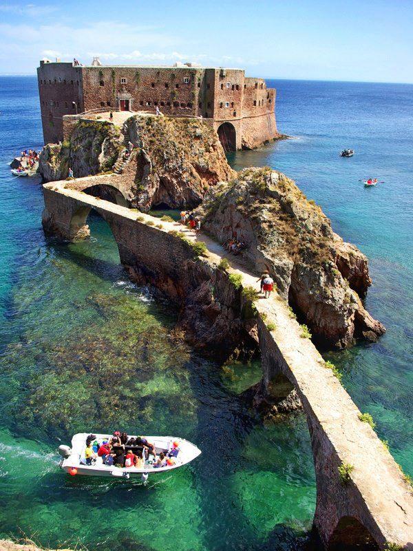 14. Fort de San Juan el Bautista, Isla Berlenga, Portugal