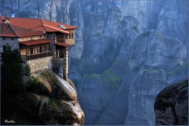 20. Meteora, Grecia