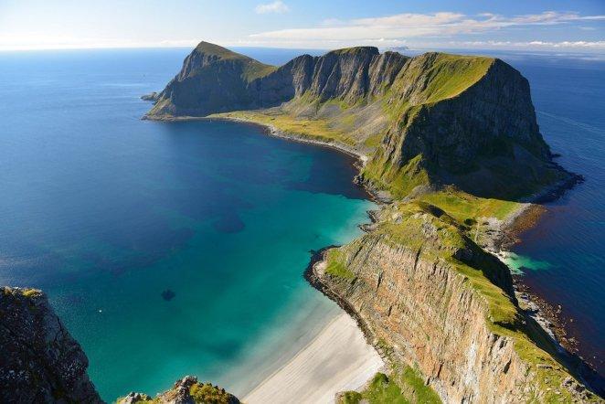 29. Værøy, Noruega